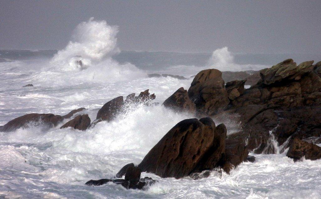 Tempête sur les rochers de St Guénolé